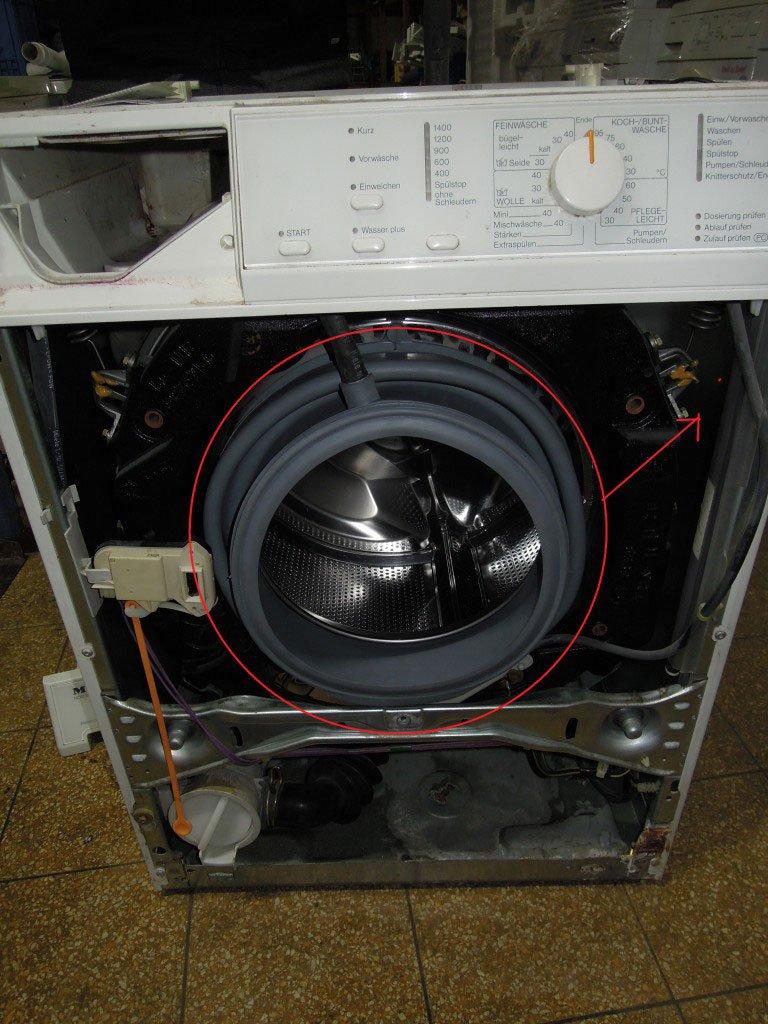 waschmaschine miele novotronic w307 gummimanschette hat einen loch 10 jahre alt. Black Bedroom Furniture Sets. Home Design Ideas